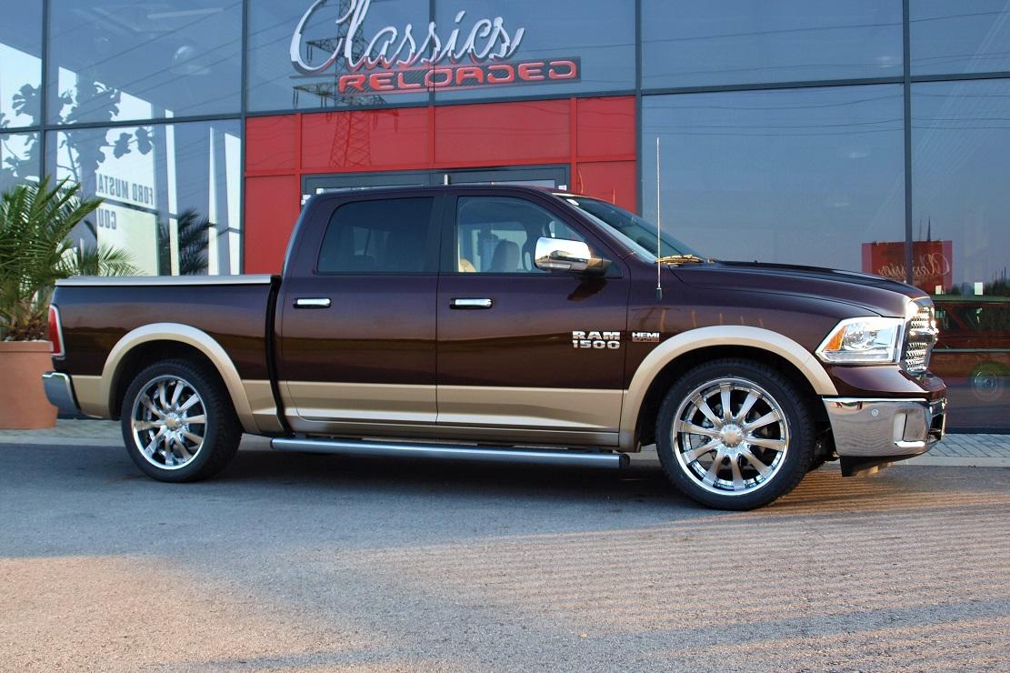 Dodge Ram 1500 Laramie Crew Classics Reloaded